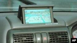 Los nuevos vehículos se fabrican cada vez con mayor confianza depositada en los monitores de abordo.
