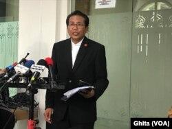 Jubir Presiden Fadjroel Rachman di Pressroom Istana Kepresidenan Jakarta, Rabu (5/2) memastikan pemerintah belum akan menunda penerbangan dari dan menuju ke Singapura (Ghita)