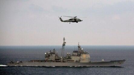 参加美、印、日联合军演的美国航母罗斯福号在孟加拉湾航行。(2015年10月17日)