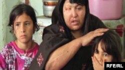 Akhtara sa kćerkama