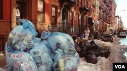 Algunos ingredientes tóxicos que se desprenden en la quema de basura pueden causar daños respiratorios o alergias.