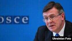 Леонід Кожара, чинний голова ОБСЄ під час прес-конференції у Відні. Фото з сайту www.osce.org