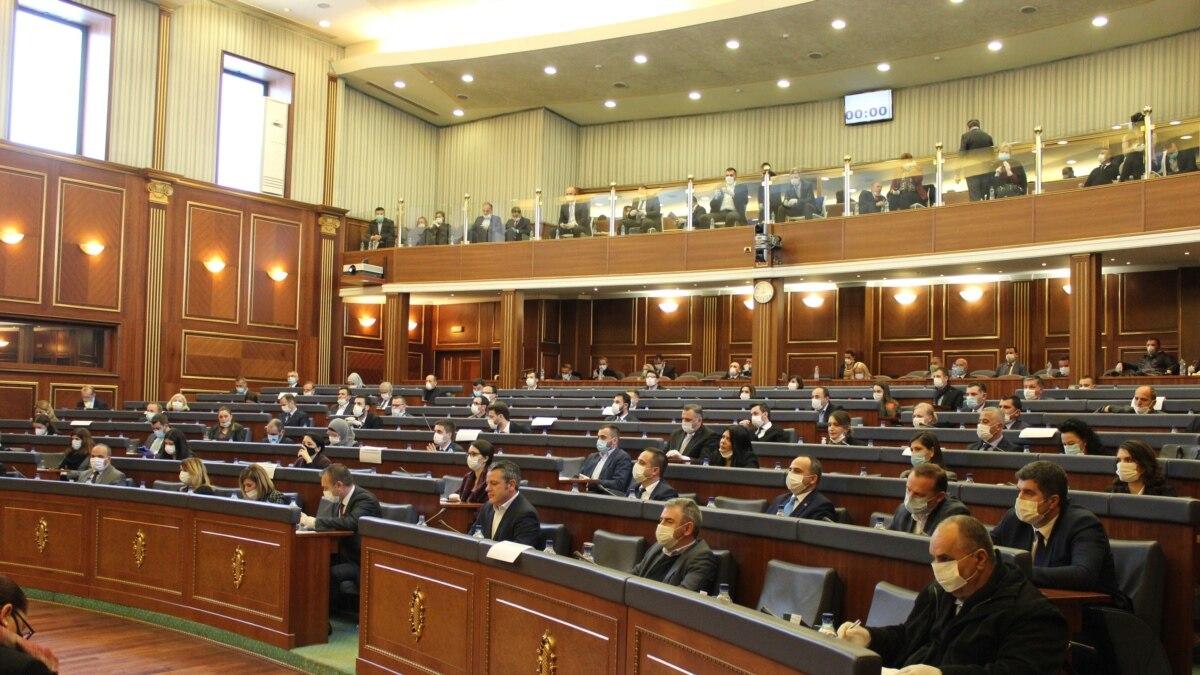 SHBA të dhe BE ja dënojnë gjuhën e përdorur në parlamentin e Kosovës