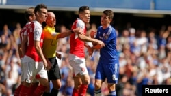 Football - Chelsea contre Arsenal -