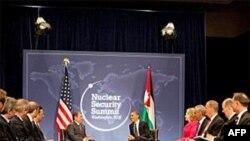 美国总统与约旦国王在核峰会上
