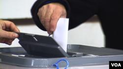 Ekipa RTV Puls napadnuta je tokom izveštavanja o lokalnim izborima na Kosovu