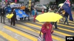 支持港独思潮人士和团体明显多于以往游行(美国之音海彦拍摄)