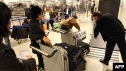 В международном аэропорту Лос-Анджелеса