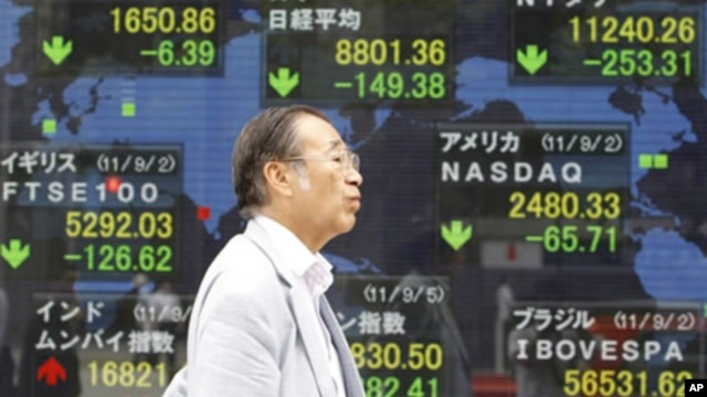 Securities stock board, Tokyo, Sept. 5, 2011 (file photo).