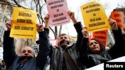 Raporda, Türkiye'nin özgürlükler alanında gerilemesinin nedenlerinden biri medyaya yapılan baskılar olarak yer aldı