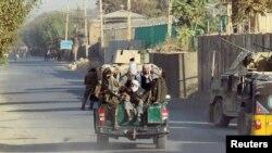 افغان ځواکونو دناټوپوځونو په مرستې سره داکتوبر په پيل کې دطالبانو لخوا په کندوز دقبضې کولو هڅه ناکامه کړې وه.