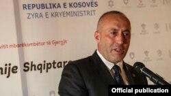 科索沃總理哈拉迪納伊(Ramush Haradinaj)稱任何人都不應干預科索沃內政。
