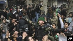 Clashes Continue in Tehran for 2nd Day as Protesters Defy Government