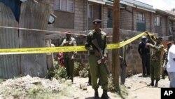 Полицейское оцепление на месте взрыва в Найроби, Кения. 30 сентября 2012 года