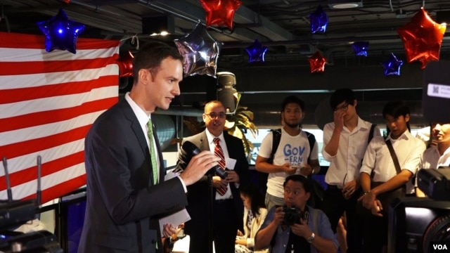 Matthew Hays, country director in Thailand for the International Republican Institute, said the 'very inclusive' process is good for expats, March 2, 2016. (Z. Aung/VOA)