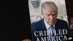 Juče počela prodaja nove Trampove knjige