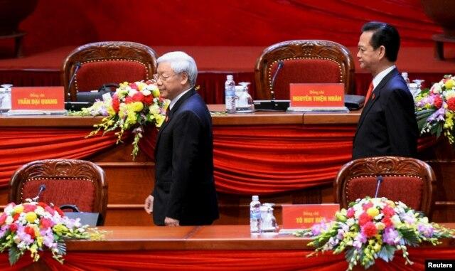 Tổng Bí thư Đảng Cộng sản Việt Nam Nguyễn Phú Trọng và Thủ tướng Nguyễn Tấn Dũng trong lễ khai mạc chính thức Đại hội đảng CSVN 12 tại Hà Nội, ngày 21/1/2016.