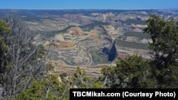 Dinosaur National Monument offers stunning views from the top of the canyons and from the rivers that run through them.