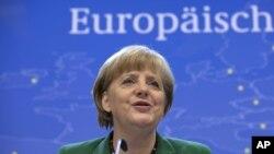 Nemačka kancelarka Angela Merkel na konferenciji za novinare posle samita EU u Briselu, 19. oktobar 2012.