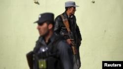 مسولین امنیتی در ارزگان می پذیرند که حملات خودی در صفوف نیروهای پولیس در این ولایت افزایش یافته است