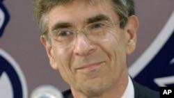 Foto de archivo del Dr. Robert Lefkowitz, del Centro Médico de la Universidad de Duke, uno de los ganadores del Premio Nobel de Química 2012.
