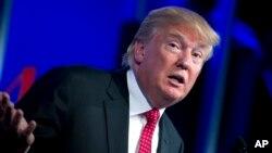 La portavoz de la Casa Blanca, Sarah Huckabee Sanders, dijo a un día para que se venza el plazo, que el presidente Donald Trump está comprometido a conseguir el mejor pacto con ambos países.