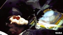 Astronaut Walter Schirra Jr. was Apollo 7 commander