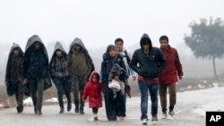 Migranti blizu granice Srbije i Hrvatske