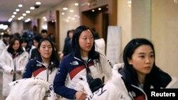 Les 12 Nord-Coréennes se joindront aux 23 Sud-Coréennes initialement choisies pour la compétition.