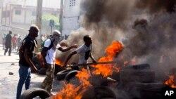 En Haití protestas de la oposición exigieron conocer sobre presunta corrupción de gobiernos en programa Petrocaribe con Venezuela.