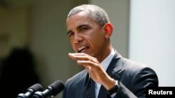奧巴馬在白宮玫瑰園對記者發表談話(資料照片)
