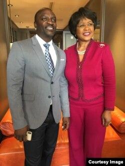 Muimbi Akon neMumiriri weSangano reAfrican Union muWashington Dr Chihombori -Quao