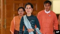 Hokimiyatdagi partiya yetakchisi Aung San Su Chiy musulmon aholi taqdiriga befarqmi?