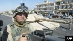 Xe tăng M1 Abrams của Quân đội Mỹ. Lần đầu tiên trong cuộc chiến chống Taliban kéo dài 9 năm, Hoa Kỳ sẽ triển khai xe tăng chiến đấu tới Afghanistan