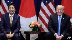 အေမရိကန္သမၼတ Donald Trump နဲ႔ ဂ်ပန္ဝန္ႀကီးခ်ဳပ္ Shinzo Abe (စက္တင္ဘာ၊ ၂၆၊ ၂၀၁၈)