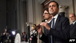 Anti-establishment Five Star Movement (M5S) leader Luigi Di Maio speaks to the press after a meeting with Italian President Sergio Mattarella as part of consultations of political parties to form a government, on May 14, 2018 at the Quirinale palace in Rome.