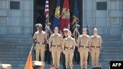 在马里兰安纳波利斯的美国海军学院的学员