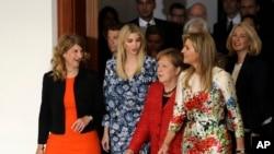 گزارش تصویری از نشست ویژه اجلاس زنان گروه ۲۰ در برلین با حضور ایوانکا ترامپ و آنگلا مرکل