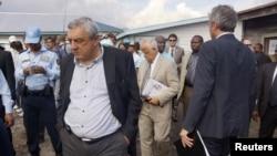 Thành viên Hội đồng Bảo an thăm trại tị nạn Mugunga 3 tại Goma, miền đông CHDC Congo, ngày 6/10/2013.