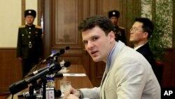 Otto Warmbier étudiant américain condamné à 15 ans de travaux forcés en Corée du Nord