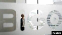 BIGO 副总Mike Ong在新加坡公司。August 14, 2020 (照片来自路透社)