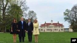 En la foto en la histórica casa de George Washington en Mount Vernon, de izquierda a derecha, la primera dama Melania Trump, Donald Trump, el presidente francés Emmanuel Macron y su esposa, Brigitte Macron.