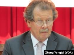 維也納大學法學院教授 諾威克 (美國之音張永泰拍攝)