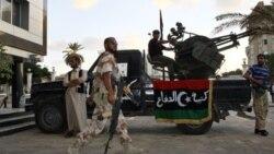 زدوخورد نیروهای اوپوزیسیون لیبی و طرفداران قذافی
