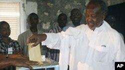 選民在吉布提投票。