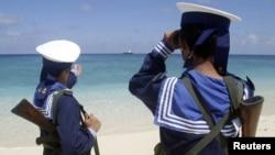 Hải quân Việt Nam tuần tra trên quần đảo Trường Sa