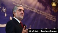عبدالله عبدالله گفت که شرایط داخلی افغانستان نسبت به گذشته متفاوت میباشد