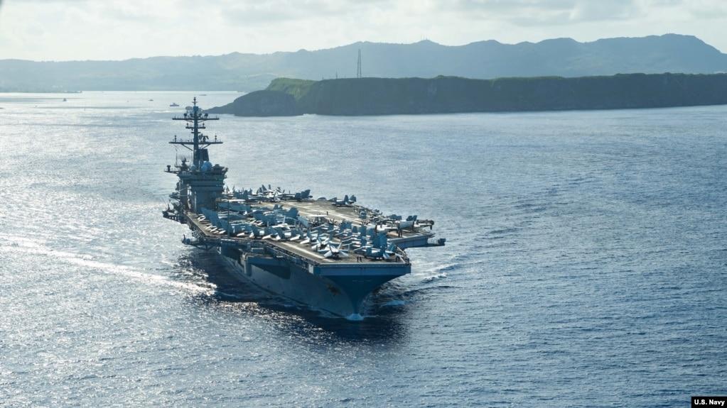 美国海军罗斯福号航母2020年5月21日离开关岛重新出海执行任务(美国海军照片)