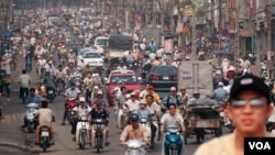 FILE - Motorbikes fill Vo Di Nguy Street in Ho Chi Minh City. (Hai Do)