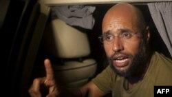 Kaddafi'nin Oğlu Sığınacak Ülke Arayışında